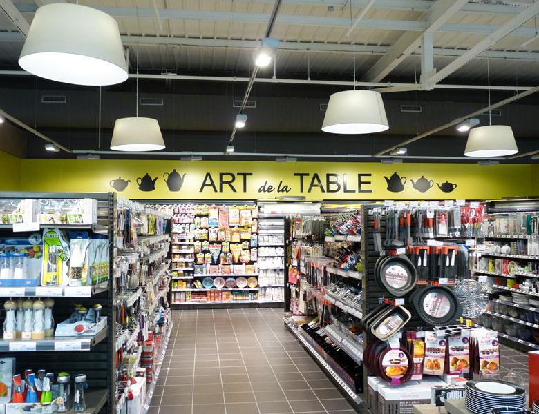 TONNAY-CHARENTE-ART-DE-LA-TABLE